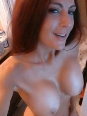 Longhaired cuties shoting nude in front..