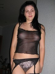 п»їRomanian hottie posing and suck