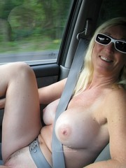 Nude mature girlfriends in the car photos