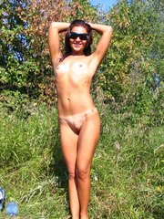 Gf with tanlines shows her naked body..