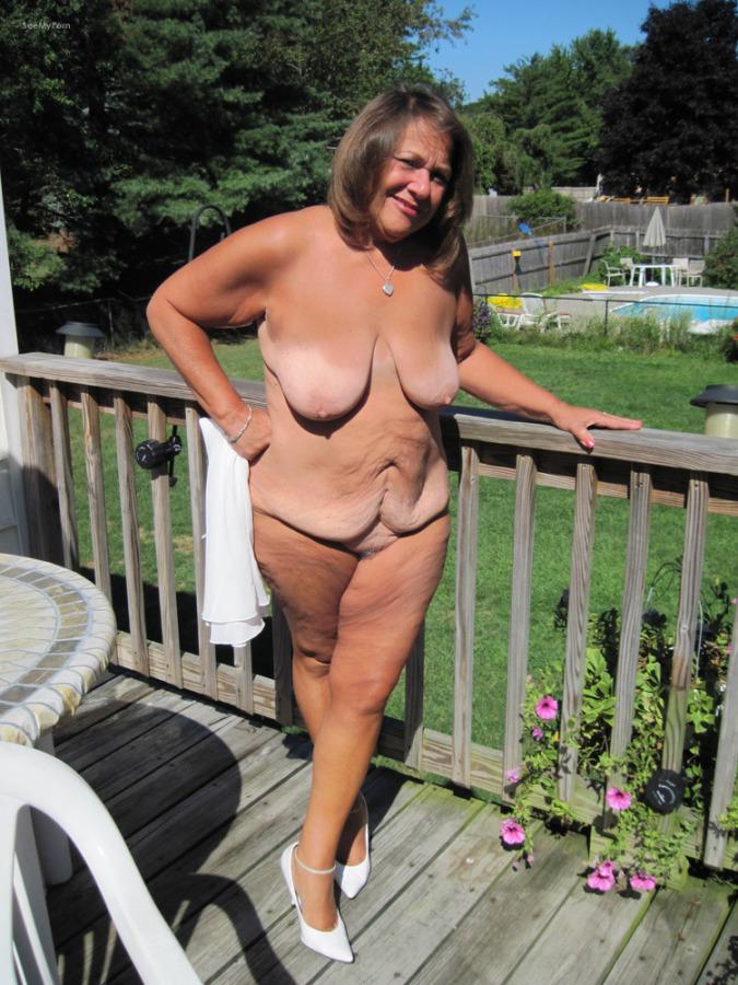 girls with big nipols naked
