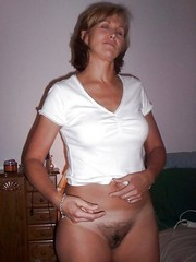 Amateur Milf and Mature women