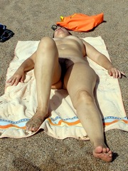 Salomé at the beach Nude and exposed..
