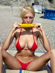 Blonde gf shows her big natural breasts..